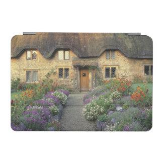 Europe, England, Chippenham. Early morning light iPad Mini Cover