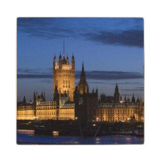 Europe, ENGLAND, London: Houses of Parliament / Wood Coaster