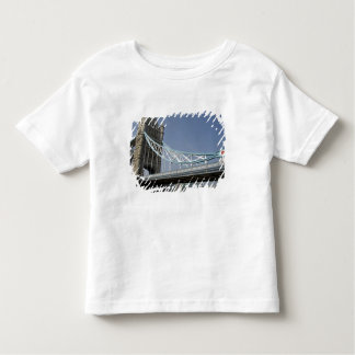 Europe, England, London. Tower Bridge over the 2 Toddler T-Shirt