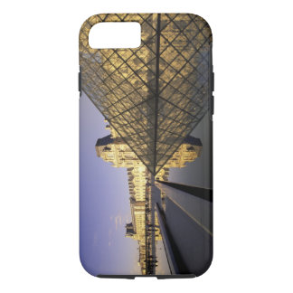 Europe, France, Paris. Le Louvre and glass iPhone 8/7 Case