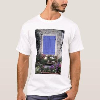 Europe, France, Provence, Aix-en-Provence. T-Shirt