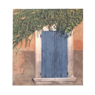 Europe, France, Roussillon. Ivy covers the wall Notepads