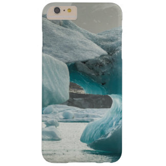 Europe, Iceland, JokUSArlon. Iceberg Formations Barely There iPhone 6 Plus Case