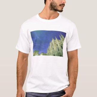 Europe, Italy, Lombardia, Milan. The Duomo, T-Shirt