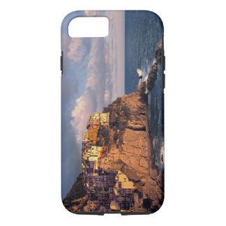 Europe, Italy, Manarola. The cliff-nestled iPhone 8/7 Case