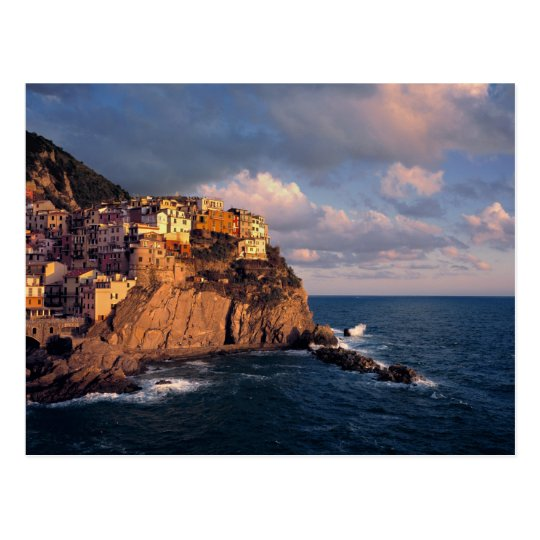 Europe, Italy, Manarola. The cliff-nestled Postcard