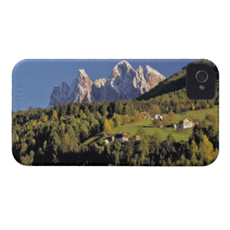 Europe, Italy, San Pietro. The Odle Group seem Case-Mate iPhone 4 Case