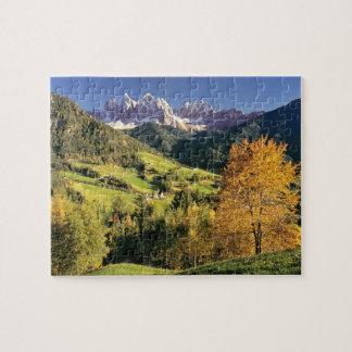 Europe, Italy, Santa Magdalena. The tiny Puzzle