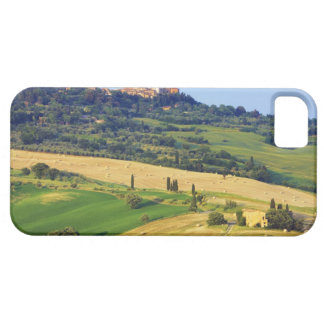 Europe, Italy, Tuscany, Val d'Orcia, Pienza - 2 Case For The iPhone 5