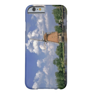 Europe, Netherlands, Kinerdijk. A windmill sits Barely There iPhone 6 Case