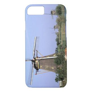 Europe, Netherlands, Zuid Holland, Kinderdijk. 2 iPhone 7 Case