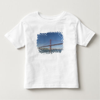 Europe, Portugal, Lisbon aka Lisboa). Ponte Toddler T-Shirt