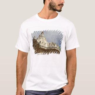 Europe, Spain, Catalunya, Barcelona. Park Guell, 2 T-Shirt
