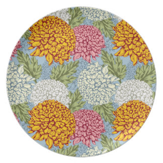 Excellent pattern with chrysanthemums dinner plate