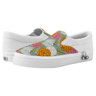 Excellent pattern with chrysanthemums Slip-On shoes