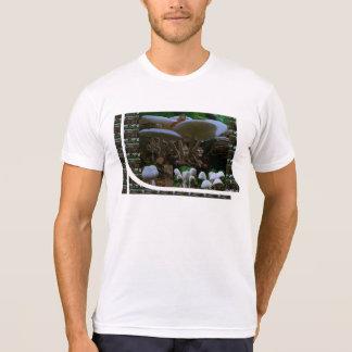 Exotic WILD White Mushroom Bud Show : T-shirts