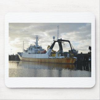 Exploration ship at dawn. mouse mat