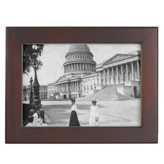 Exterior of the Capitol building with women Keepsake Box