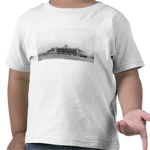 Exterior View of Seattle-Tacoma Int'l Airport Tshirt