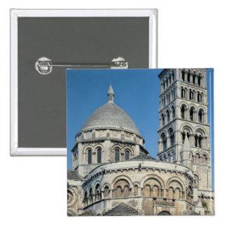 Exterior view of the chevet 15 cm square badge