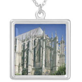 Exterior view of the east end silver plated necklace