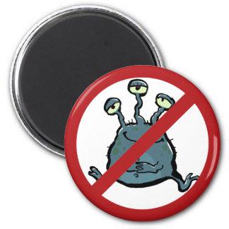 extraterrestrian - prohibited! magnet