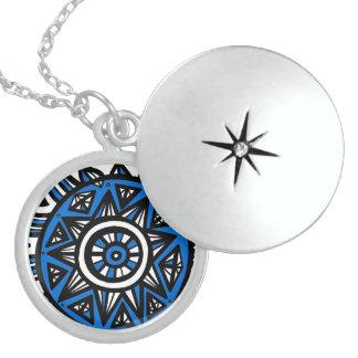 Exuberant Unassuming Understanding Lucky Round Locket Necklace