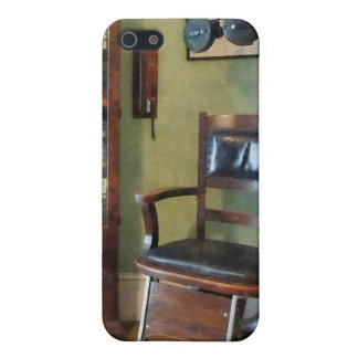 Eye Doctor's Office Case For iPhone 5/5S