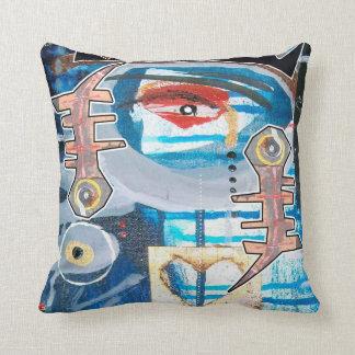 eye of love cushion