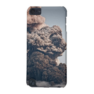 Eyjafjalljokull Volcanic Eruption iPod Touch (5th Generation) Cover