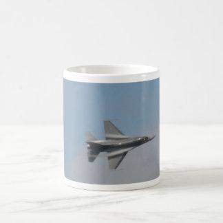 F16 water vapor at root mug