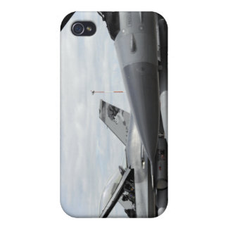 F-16 Fighting Falcons await to launch iPhone 4 Covers