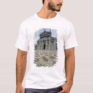 Facade of the church, built 1564-80, facade done i T-Shirt
