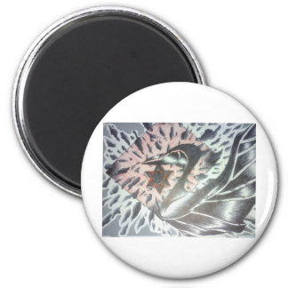 fading swan 6 cm round magnet