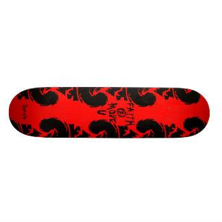FAITH 2 MOVE U Skateboard