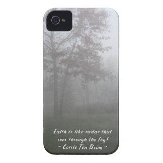 Faith sees through fog Case-Mate iPhone 4 case