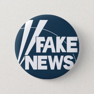 fake news #3 6 cm round badge