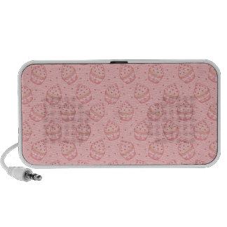 Falling Heart Cupcake Pattern iPod Speakers