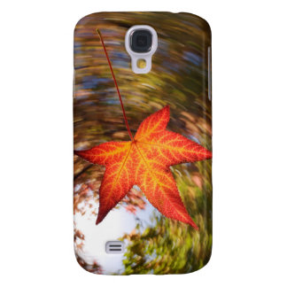 Falling Leaf from a tree in autumn Galaxy S4 Case