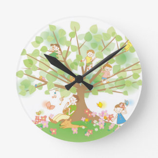 Family and Tree Round Clock