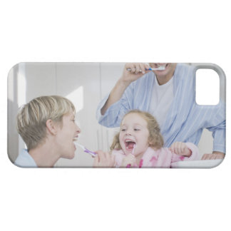 Family brushing teeth together barely there iPhone 5 case