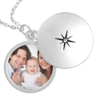 Family Girlfriend Boyfriend Custom Photo Gift Round Locket Necklace