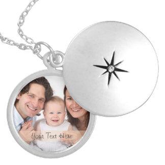 Family Girlfriend Boyfriend Custom Photo Text Round Locket Necklace