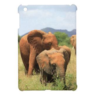 Family of elephants case for the iPad mini