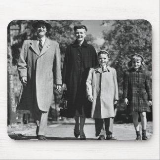 Family Walking Mouse Mat