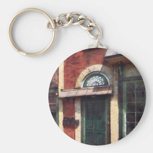 Fancy Green Door Burlington NJ Basic Round Button Key Ring