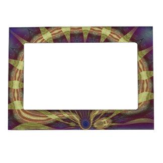 Fantasy Clam Magnetic Frame