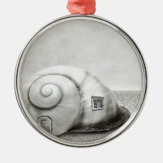 Fantasy snail 2 Silver-Colored round decoration