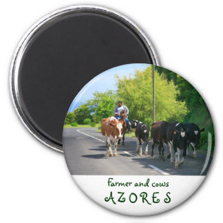 Farmer and cows 6 cm round magnet