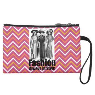 Fashion Always in Style 1900s Women Pink Chevron Wristlet Purse